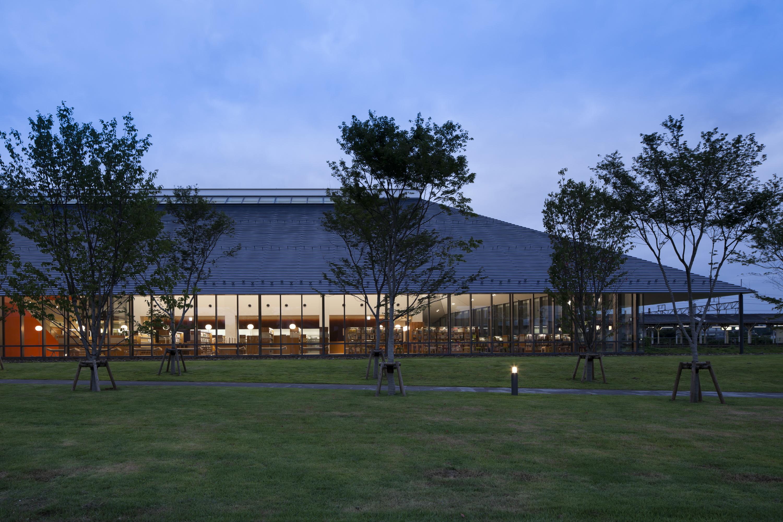 shirakawa_library_D004