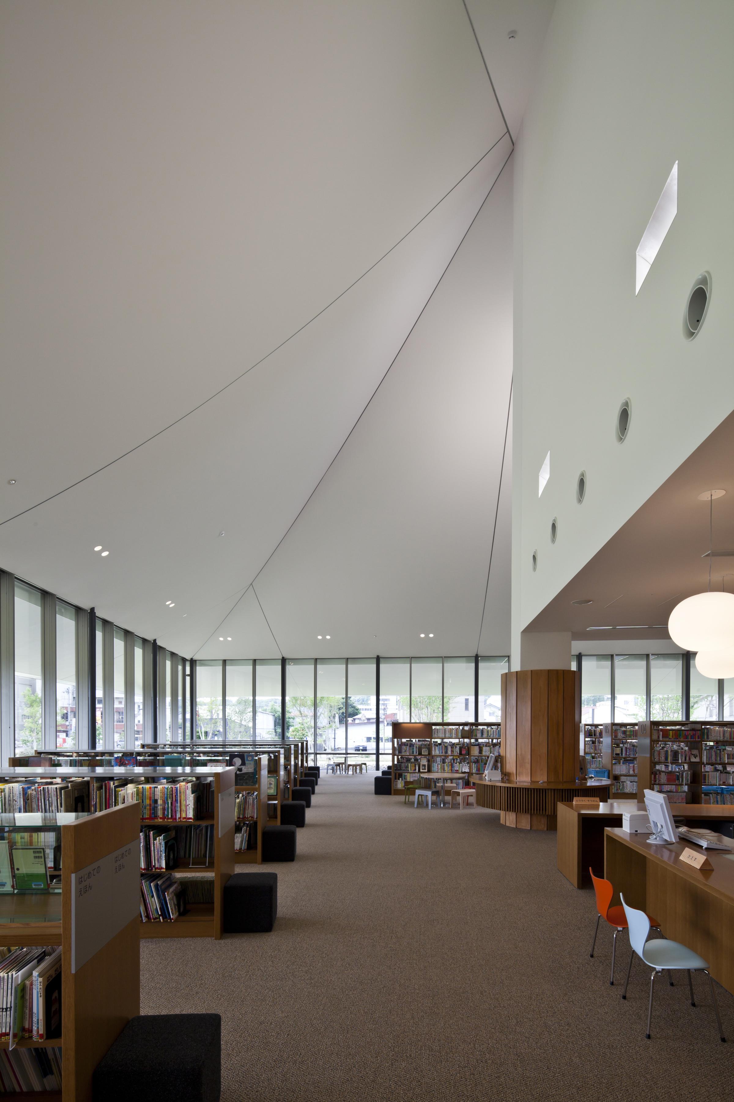 shirakawa_library_D031