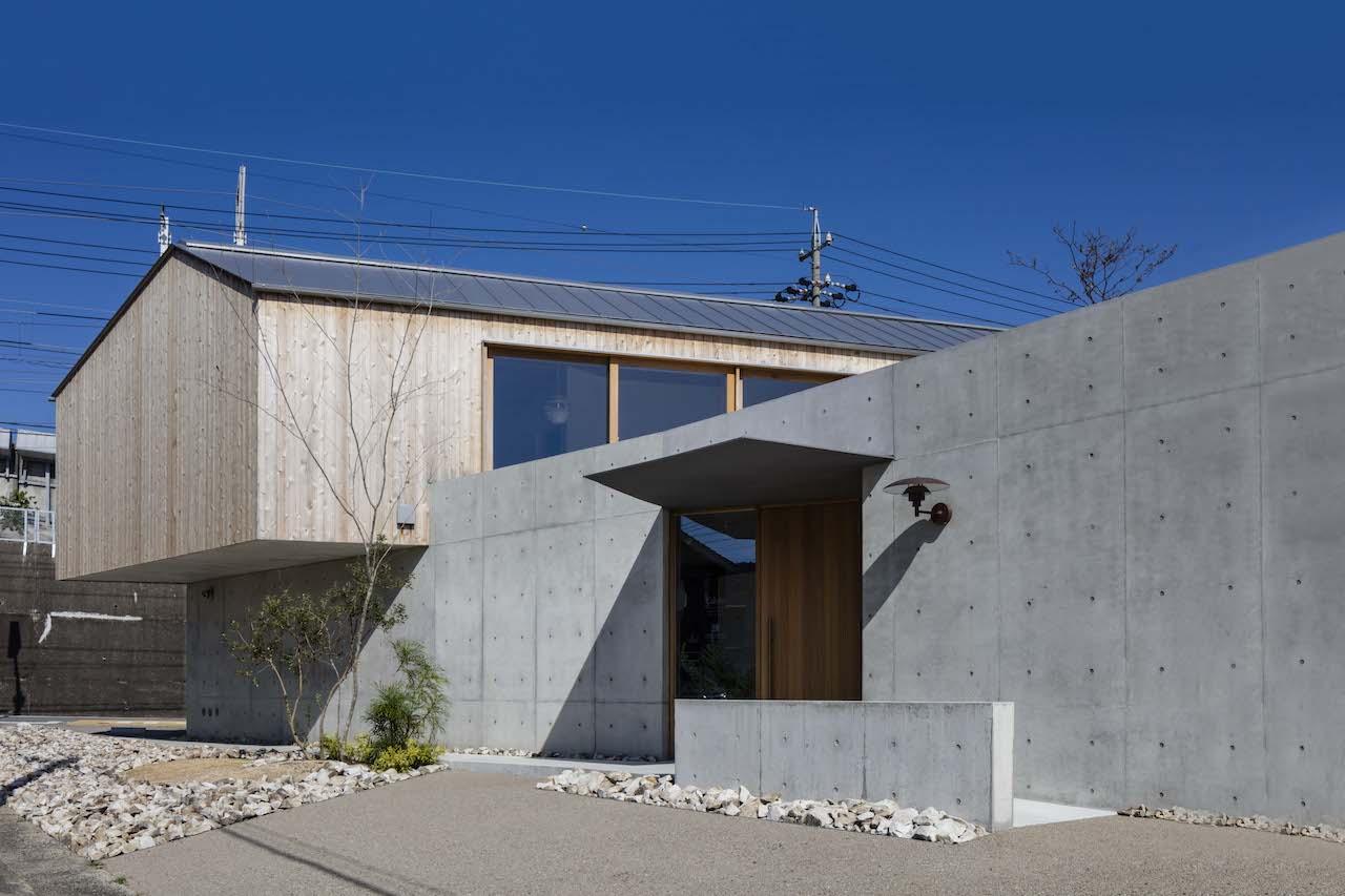 House_in_Gamagori_02